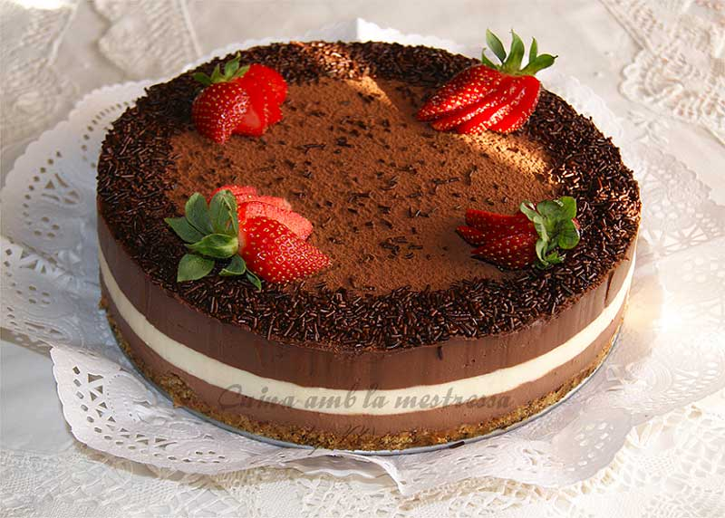##tarta-3-chocolates-fresas