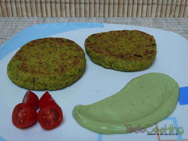 Hamburguesa de quinoa y brócoli