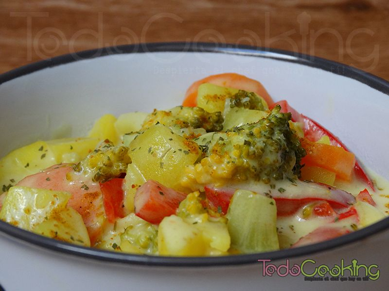 Curry de patata y vegetales