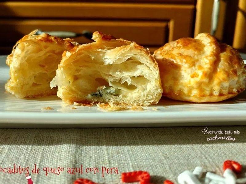 Bocaditos de queso azul y pera