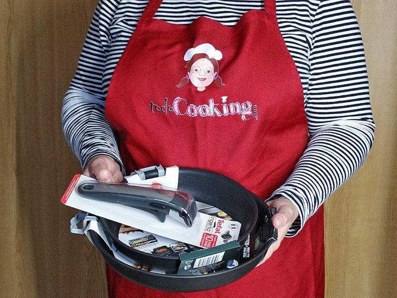 """cook without soiling """"width ="""" 800 """"height ="""" 600 """"srcset ="""" https://www.todocooking.com/wp-content/uploads/2020/01/cocinar-sin-ensuciar-01.jpg 800w, https: //www.todocooking.com/wp-content/uploads/2020/01/cocinar-sin-ensuciar-01-330x248.jpg 330w, https://www.todocooking.com/wp-content/uploads/2020/01 /cooking-sin-ensuciar-01-768x576.jpg 768w """"sizes ="""" (max-width: 800px) 100vw, 800px """"data-jpibfi-post-excerpt ="""" """"data-jpibfi-post-url ="""" https: / /www.todocooking.com/el-arte-de-cocinar-sin-ensuciar-la-cocina/ """"data-jpibfi-post-title ="""" The art of cooking without making the kitchen dirty. Tips and tricks. """"Data-jpibfi-src ="""" https://www.todocooking.com/wp-content/uploads/2020/01/cocinar-sin-ensuciar-01.jpg """"/> </p> <p>Using a kitchen apron when preparing your dishes you will also get, not to stain your clothes, as well as keeping the fridge, pantry, and always well organized cabinets will help you find things faster and keep the kitchen clean for more weather. </p> <p>The art of cooking without dirtying the kitchen is a matter of changing some habits before, after and during the preparation of your meals, to improve the order in your kitchen and above all, avoid dirtying as little as possible. </p> <p><img class="""